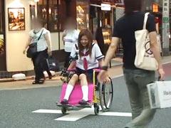 アクメ車椅子でお散歩